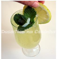 colocar limão no copo copy