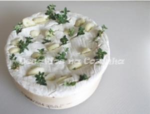 alho e tomilho no queijo e azeite copy