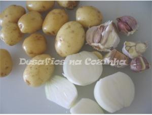 batatas, alhos e cebolas copy