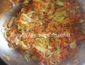Cenoura e alho frances refogado copy