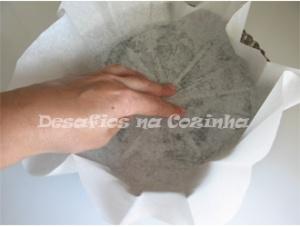 forrar a forma com papel