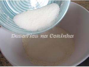 Juntar açúcar com farinha copy