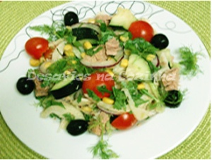 Salada no prato copy