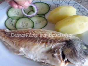 Por peixe no prato copy