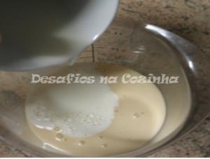 Juntar leite ao molho branco copy