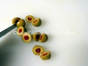 Partir azeitonas com pimentos copy