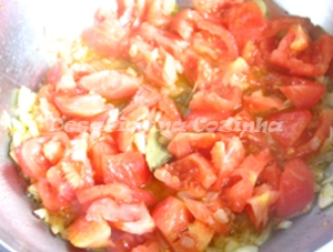 Juntar tomate copy