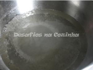 Água e açúcar a ferver copy