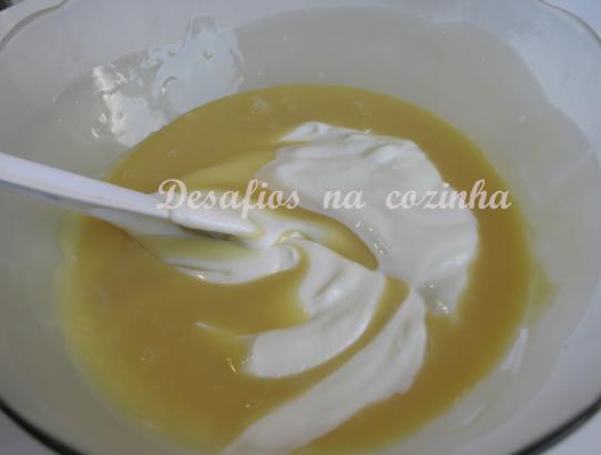 chocolate branco e iogurte