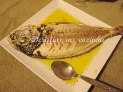 peixe no prato sem pele